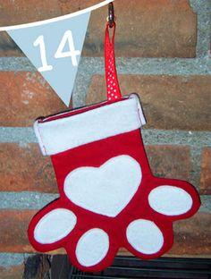 Toastie Studio Blog: Christmas Tutorial Advent {Pet Christmas Stocking}