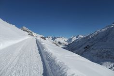 Furka Pass in Winter... The Furka Pass is a hot tip for winter sports enthusiasts who have no interest in ropeways and ski lifts. Hiker, sledders, snowshoers, skiers, they all have to walk upwards here. The only thing it costs is a bit of fitness... Furka Pass, Canton of Uri, Switzerland