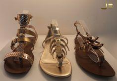 Sandálias sempre deixam o pé feminino e delicado! Ótimo para dias quentes!     Jorge Bischof Belo Horizonte  Lojas no Diamond Mall e BH Shopping