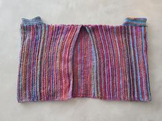 My mom really likes watching ARD Buffet, yours too? There is in the category . : My mom really likes watching ARD Buffet, yours too? Crochet Pullover Pattern, Poncho Knitting Patterns, Knit Crochet, Crochet Patterns, Girls Knitted Dress, Knit Baby Dress, Knitted Baby Clothes, Tricot Simple, Sewing Clothes Women