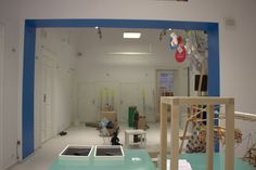 Tak wyglądały przygotowania  do otwarcia wystawy O!Kolekcja w Muzeum dla Dzieci. artystyczny ład-nieład. Bardzo inspirujący!   #muzeumdladzieci #childrensmuseum #kidsmuseum #kidsinmuseum #ethnomuseuminwarsaw #okolekcja