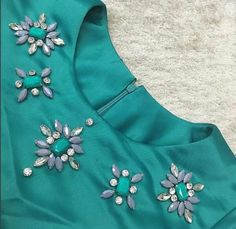 Beading 2020 – The Best Beading Ideas Are Here Embroidery On Kurtis, Hand Embroidery Dress, Kurti Embroidery Design, Embroidery Neck Designs, Bead Embroidery Patterns, Embroidery On Clothes, Embroidery Fashion, Embroidery Jewelry, Dress Neck Designs