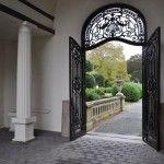 Belcourt Castle, Entrance
