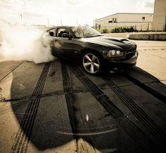 Dodge Charger SRT8 behind-the-wheel