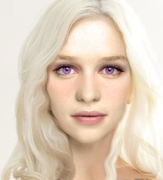 Emilia Clarke as Danaerys
