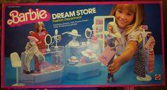 1982 Barbie Dream Store Fashion Department - came with little shopping bags 1980s Barbie, Barbie I, Barbie Dream, Vintage Barbie Dolls, Barbie World, Mattel Barbie, Barbie And Ken, Play Barbie, Childhood Toys