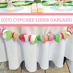 DIY Cupcake Liner Garland - perfect decoration for a baking party and a great way to use up random cupcake cases. Cupcake Wars, Cupcake Liners, Diy Cupcake, Baking Birthday Parties, Baking Party, Cupcake Garland, Cupcake Party Decorations, Cupcake Decorating Party, Deco Dyi