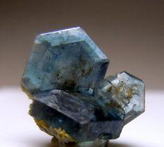FluorapatiteMinerals Crystals Rocks, Precious Stones, Healing Crystals, Exotic Stones, Stones Gem,