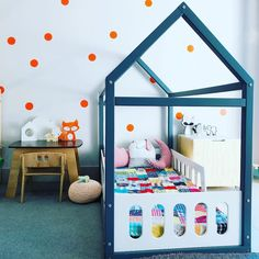Cama montessoriana: 90 modelos lindos, vantagens e onde comprar New Baby Products, Kids Room, Toddler Bed, Nursery, Furniture, Home Decor, Creative Ideas, Decorating Girls Rooms, Baby Tips