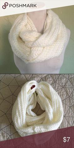 NWT Ivory Infinity Scarf Ivory infinity winter scarf by Merona. Tag has been ripped remove pricing but it is new with tags, never been worn! Merona Accessories Scarves & Wraps