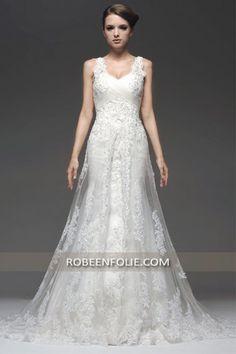 Robe de mariée blanche col en coeur avec bretelles dentelle