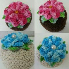 peso porta croche Form Crochet, Crochet Home, Crochet Patterns, Yarn Bombing, Diy And Crafts, Baby Shoes, Flowers, Kids, Inspiration