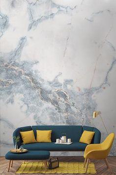 Unsere Marmor-Wandtapete in wolkenartigem, tiefem Blau wird Sie an einen Ort der Ruhe und Glückseligkeit versetzen, während dessen wolkenartige Zusammensetzung Ihre Gäste und Sie in deren Präsenz staunend zurücklassen wird. Diese Marmor-Tapete erlaubt Ihnen einen Blick auf die tiefblauen Wolken von innerhalb Ihres Hauses.