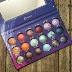 Another galaxy makeup kit by bh cosmetics love lovYou can find Makeup kit and more on our website.Another galaxy makeup kit by bh cosmetics love lov Makeup Goals, Makeup Inspo, Makeup Art, Makeup Inspiration, Beauty Makeup, Clown Makeup, Makeup Ideas, Beauty Nails, Top Beauty