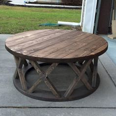 31 Popular Diy Rustic Coffee Table Design Ideas And Remodel. If you are looking for Diy Rustic Coffee Table Design Ideas And Remodel, You come to the right place. Below are the Diy Rustic Coffee Tabl. Farmhouse Furniture, Rustic Furniture, Diy Furniture, Farmhouse Decor, Business Furniture, Round Farmhouse Table, Furniture Stores, Outdoor Furniture, Luxury Furniture