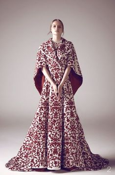A Game of Clothes, What Cersei would wear, Studio Ashi