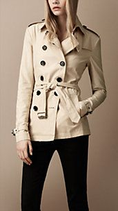 WARDROBE STAPLE: Trench Coat - I have a longer, cute dressy one. Maybe I can justify a more classic one if it is shorter like this.