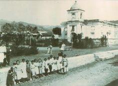 Sin autor.  Antigua plaza e Iglesia Inmaculado Corazón de María de Patillas, PR (n.f) www.angelfire.com