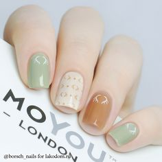 sea green & tan manicure