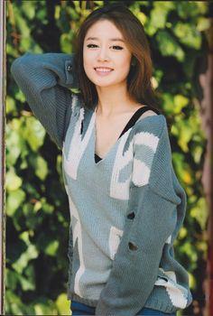 T-ara+Jiyeon+Sparkle+Photobook+Pics+2.jpg 538×800 pixels