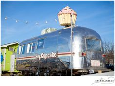 An Austin, Texas jewel - Hey Cupcake! It's a thing of absolute beauty, a vintage airstream trailer with a giant revolving cupcake on top!
