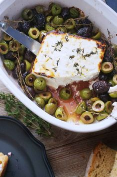 Baked Feta with Olives Thyme & Honey is your new favorite appetizer! Perfect for date night in or for when you have guests. Baked Feta with Olives Thyme & Honey is your new favorite appetizer! Perfect for date night in or for when you have guests. Vegetarian Recipes, Cooking Recipes, Healthy Recipes, Keto Recipes, Tapas Recipes, Healthy Snacks, Shrimp Recipes, Fancy Recipes, Thyme Recipes