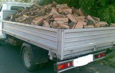 Az Ordo Hungariae 15 Tolna megyei rászoruló családnak tudott a karácsonyi időszakra tűzifát (kis teherautónyit) biztosítani.