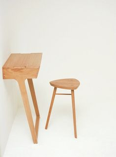 The Quello table was designed in response to a brief set by esteemed British manufacturer, Ercol furniture. Designed with a contemporary and minimalist aesthetic, the pieces aim to lighten up and calm the atmosphere of a room. The table can be paired with the stool to function as a writing desk, or used alone as an occasional table in hallways and vestibules.
