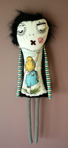 This is Alice in Monsterland. [link] Alice in Monster-land Doll Ugly Dolls, Creepy Dolls, Cute Dolls, Zombie Dolls, Voodoo Dolls, Fabric Dolls, Paper Dolls, Textiles, Gato Animal