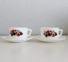 Set Of 2 Arcopal Coffee Cups And Saucers - French Vintage - C158 by OhlalaCamille on Gourmly