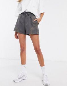 Puma heavy classics shorts in black. #puma #shorts #activewear
