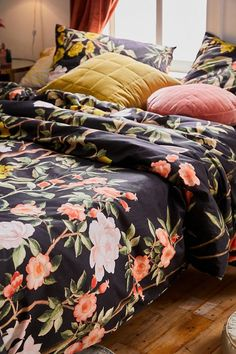 Shop our rustic boho home decor and furniture collection in a range of styles and textures only at Urban Outfitters. Find perfect wood accent furniture, boho printed bedding sets, cosmic + celestial prints and more! Floral Comforter, Duvet Bedding Sets, Comforters, Floral Chair, Floral Room, Urban Bedding, Boudoir, Hippie Bedroom Decor, Duvet Covers Urban Outfitters