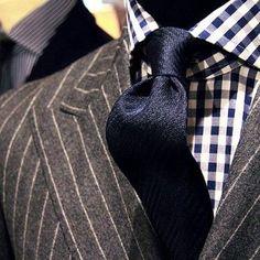 2017 Latest Coat Pant Design Grey Chalk Stripes Mens Jacket Groom's Wear Wedding Suits For Men Blazer Masculino Plus Size