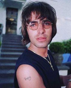 Gene Gallagher, Lennon Gallagher, Liam Gallagher Oasis, Liam Oasis, Oasis Album, Rock N Roll Tattoo, Mark Paul Gosselaar, Oasis Band, Band Wallpapers