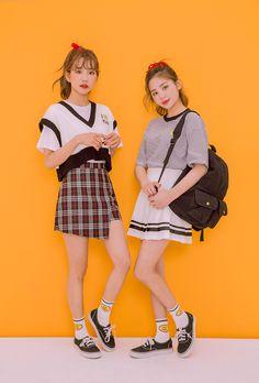 #Icecream12(MT) daily2017 #twinlook Kawaii Fashion, Cute Fashion, Asian Fashion, Girl Fashion, Womens Fashion, Friend Outfits, Kpop Outfits, Cute Outfits, Fashion Poses