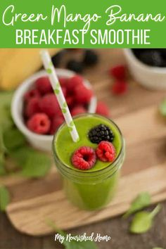 This healthy mango smoothie recipe has kale which is high in vitamin sA, C and K and is full of antioxidants. Kale is also an anti-inflamitory food which can help those who deal with arthritis, asthma and autoimmune disorders. Mangos also give the smoothie a sweet taste and the banana gives it a creamy texture. #greenmangobananasmoothie #smoothie #breakfastsmoothie