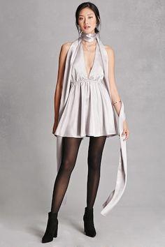 Selfie Leslie Satin Dress - Dresses - 2000192397 - Forever 21 EU English