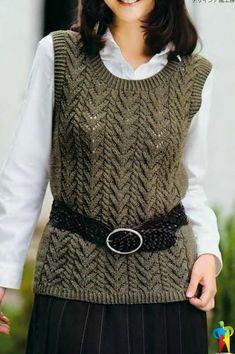 Sleeveless Vest free knitting graph pattern in Russian. Wool Vest, Knit Jacket, Knitted Cape, Vest Pattern, Free Pattern, Sweater Design, Knitting Designs, Hand Knitting, Knit Crochet