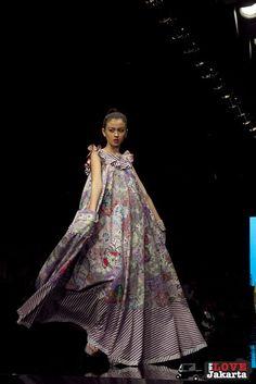 edward hutabarat -  batik Batik Danar Hadi dc8810850f