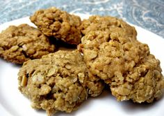 Healthy Dessert: Oatmeal Peanut Butter Coconut Cookies