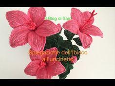 How to crochet a hibiscus Crochet Flower Tutorial, Crochet Flower Patterns, Crochet Designs, Crochet Flowers, Crochet Chart, Thread Crochet, Crochet Motif, Crochet Doilies, Handmade Flowers