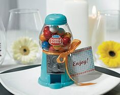 Vintage and retro-style wedding favors | Offbeat Bride