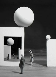 inspiration collector — Gilbert Garcin …is a french photographer from. Set Design Theatre, Stage Design, Photomontage, Gilbert Garcin, Goldscheider, Poesia Visual, French Photographers, Scenic Design, Monochrom