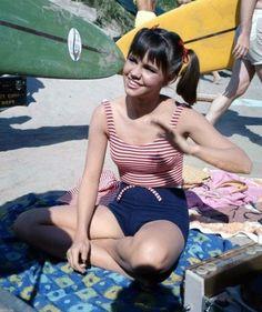 Sally Field TV actress Photographs ARMY DAY - 15 JANUARY PHOTO GALLERY  | PBS.TWIMG.COM  #EDUCRATSWEB 2020-05-11 pbs.twimg.com https://pbs.twimg.com/media/DTmVNuhV4AAidBL.jpg