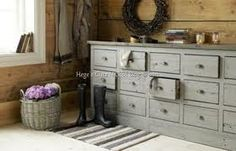 Interior Design By Living- Storage Ideas Plank Walls, Cozy Cottage, Storage Drawers, Storage Chest, Bedroom Sets, Master Bedrooms, Painted Furniture, Modern, Sweet Home