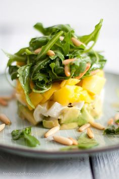 Avocado-Mango-Mozzarella-Salat Rezept Feed me up before you go-go summer recipes summer recipes abendessen rezepte recipes recipes dessert recipes dinner Nut Recipes, Salad Recipes, Healthy Recipes, Drink Recipes, Appetizer Recipes, Dinner Recipes, Appetizers, Feta, Mozzarella Salat