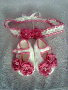 zapatitos y vincha  crochet