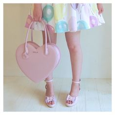 "hirokoshimazoe: "" photo taken by me. #milk#ミルク#balloon#heart#ハート #heartbag#ハートバッグ#バルーン #風船#pink#babypink #ベビーピンク#pastel#パステル #girl """