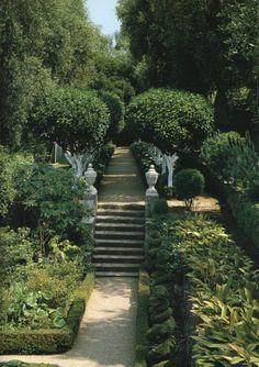 Givenchy's garden  gardendesigntravels.tumblr.com