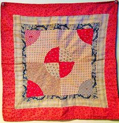Wonderful Early 1900's Doll Quilt - Calico Fabrics.